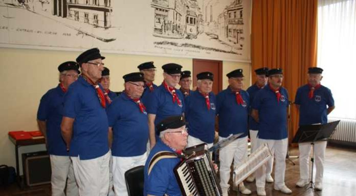 Shanty-Chor Thalia Harmonie im Bürgerhaus Oppau - Bild: Udo Scheuermann