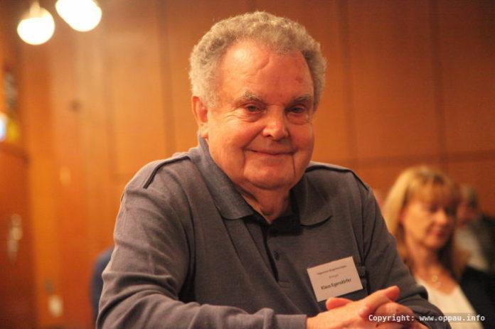 Er war der erste, ehrenamtliche Hausverwalter. Sein unermüdliches Engagement wurde von allen Rednern hervorgehoben - Klaus Egersdörfer