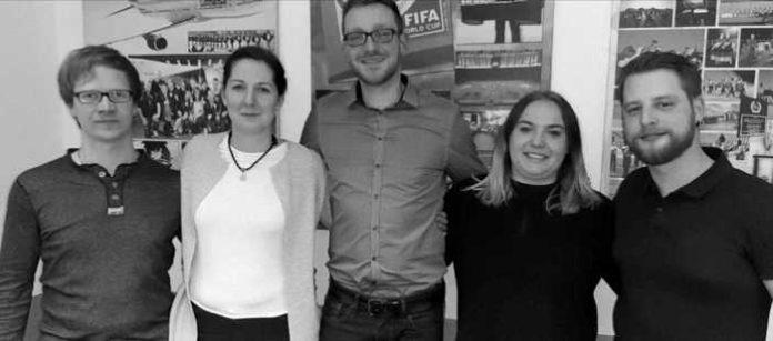 v.l.n.r. Marco Baum (Programmkoordinator), Sabrina Wedell (Finanzverwalterin), Martin Schreiber (1. Vorsitzender), Vanessa Röhr (Öffentlichkeitsarbeit), Mike Baum (2. Vorsitzender)