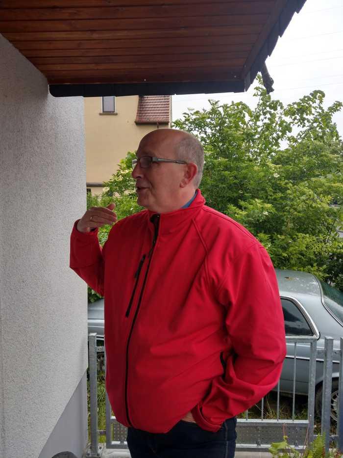 Frank Meier im Gespräch mit Bürgern