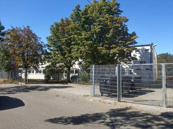 Das Asylbewerberheim in der Edigheimerstrasse 161 gegenüber dem BSC-Oppau Foto: Redaktion Oppau.Info
