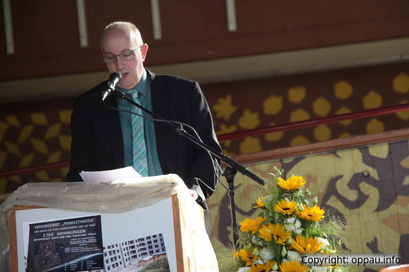 Ortsvorsteher Frank Meier begrüßt die Anwesenden